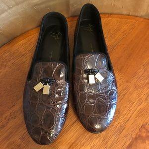 Auth BRAND NEW Giuseppe Zanotti croc loafer flat